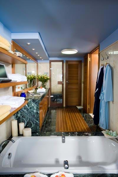 Classic Bungalows Sea View - Bathroom