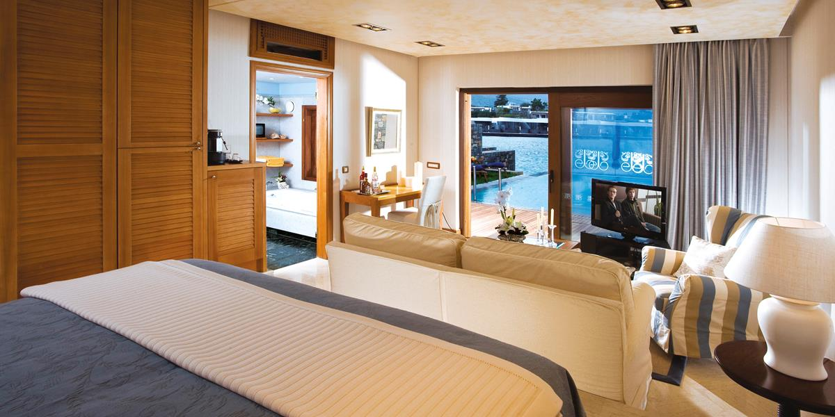 Premium Waterfront Junior Suite with Private Heated Pool