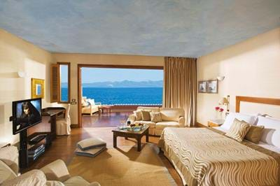Wellness Waterfront Island Suites - Interior