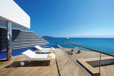 Yachting Villa Waterfront - Exterior