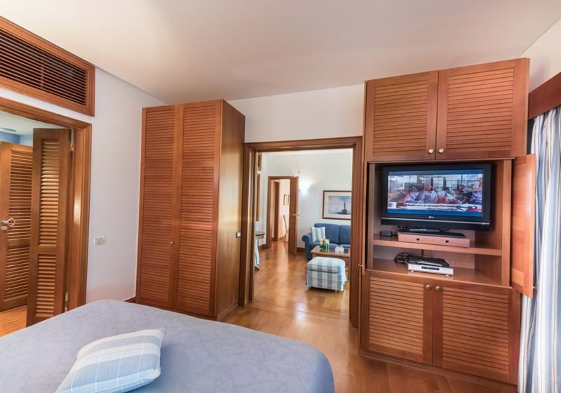 Family Hotel Suites Sea View (Two Bedrooms & Sitting Room Separate)